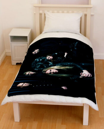 Apocalyptica skull chair bedding throw fleece blanket