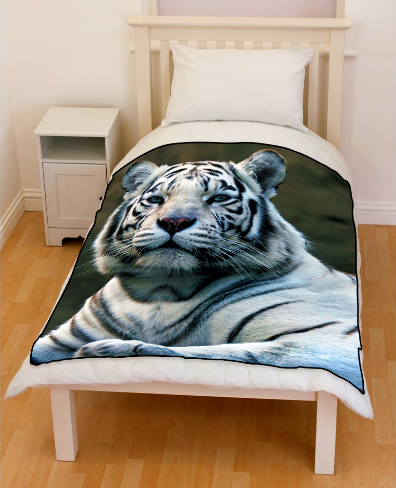 White bengal Tiger Sitting bedding throw fleece-blanket