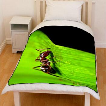 ant on leaf bedding throw fleece blanket