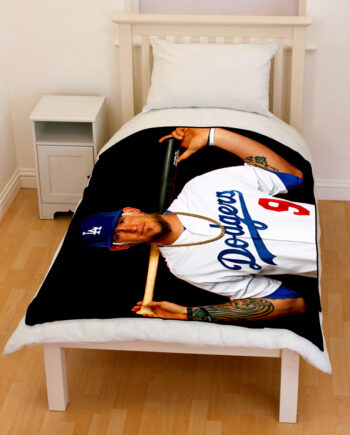 Yasmani Grandal Los Angeles Dodgers Bedding Throw Fleece Blanket
