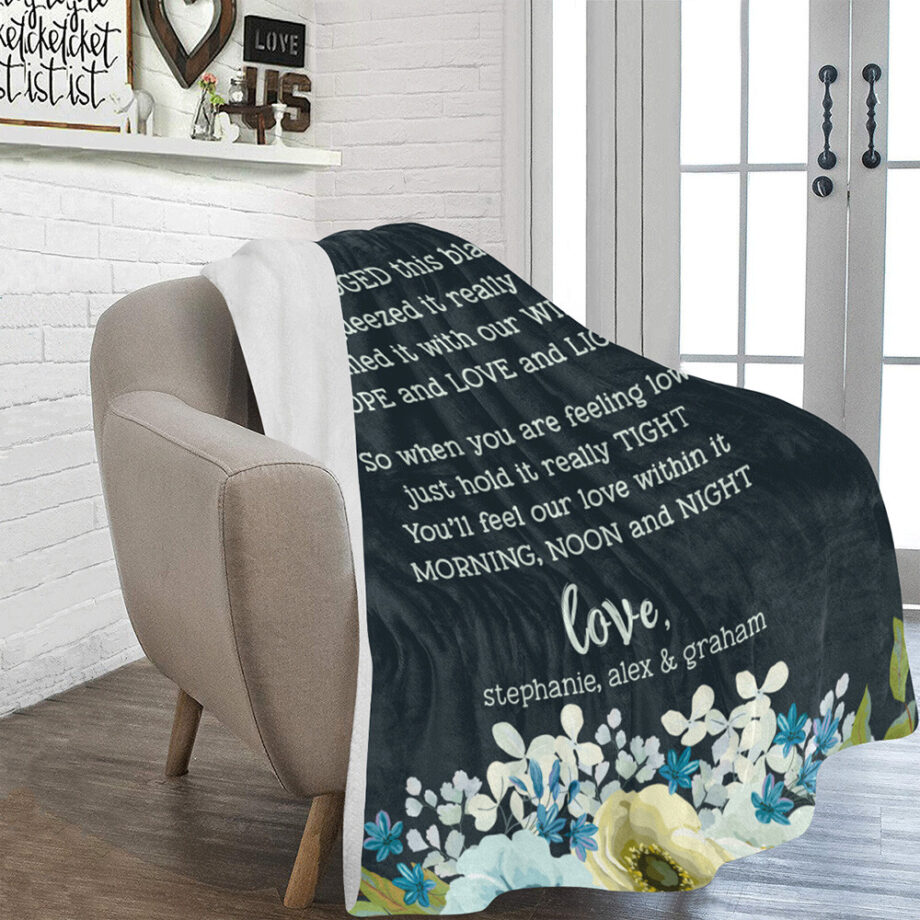 personalized grandma sherpa blanket with bluish floral 2